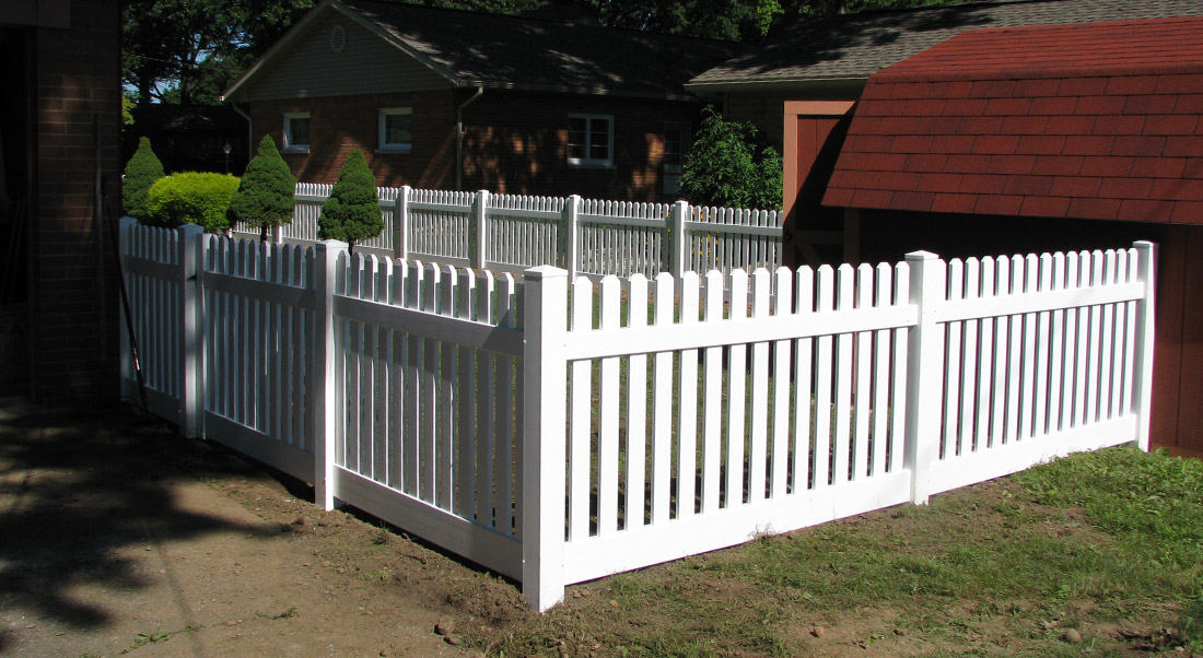Vinyl Picket Fence by Mt. Hope Fence